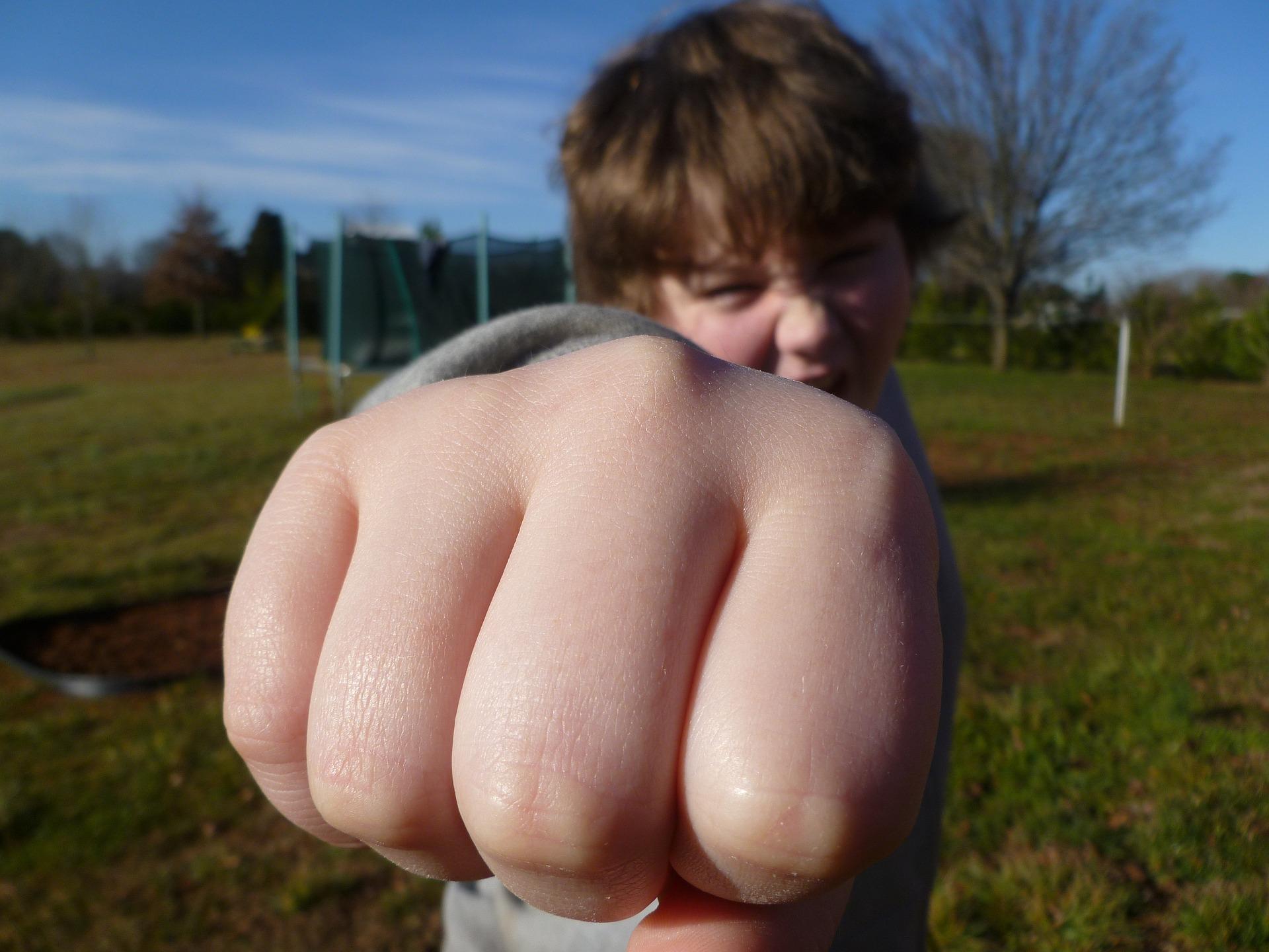 Uno de cada cinco adolescentes reconoce haber golpeado a sus padres